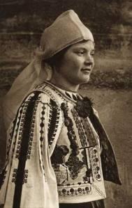femeie-din-saliste-a